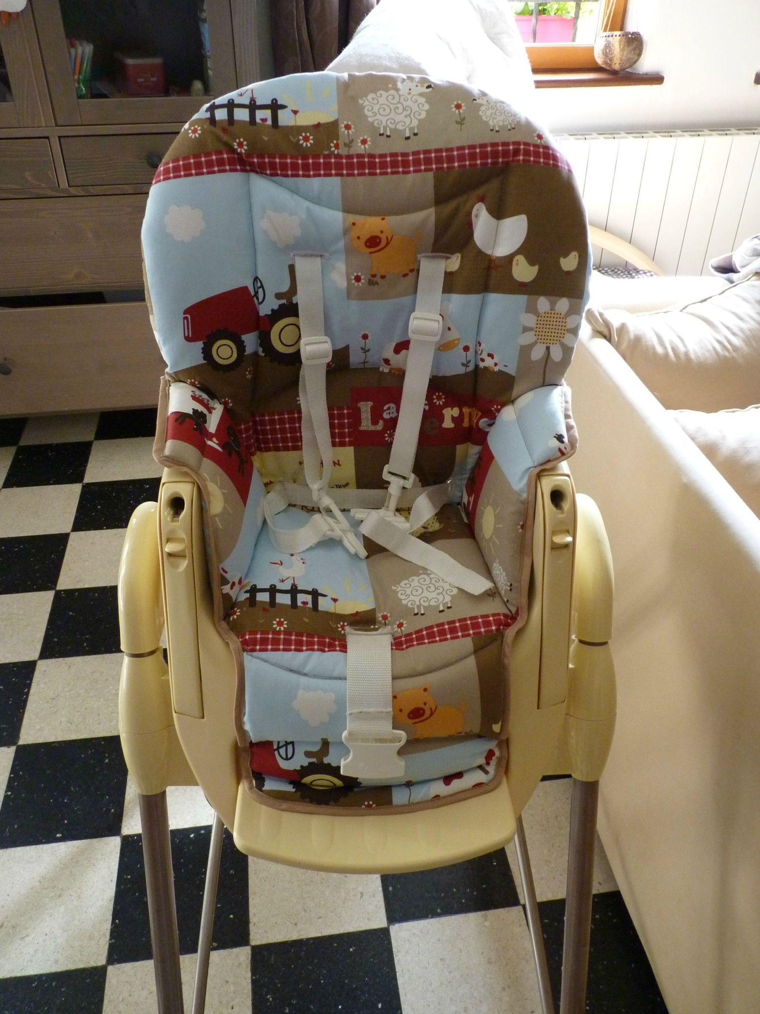 Housse chaise haute 2 dition les poupouilles de cat - Housse chaise haute universelle ...