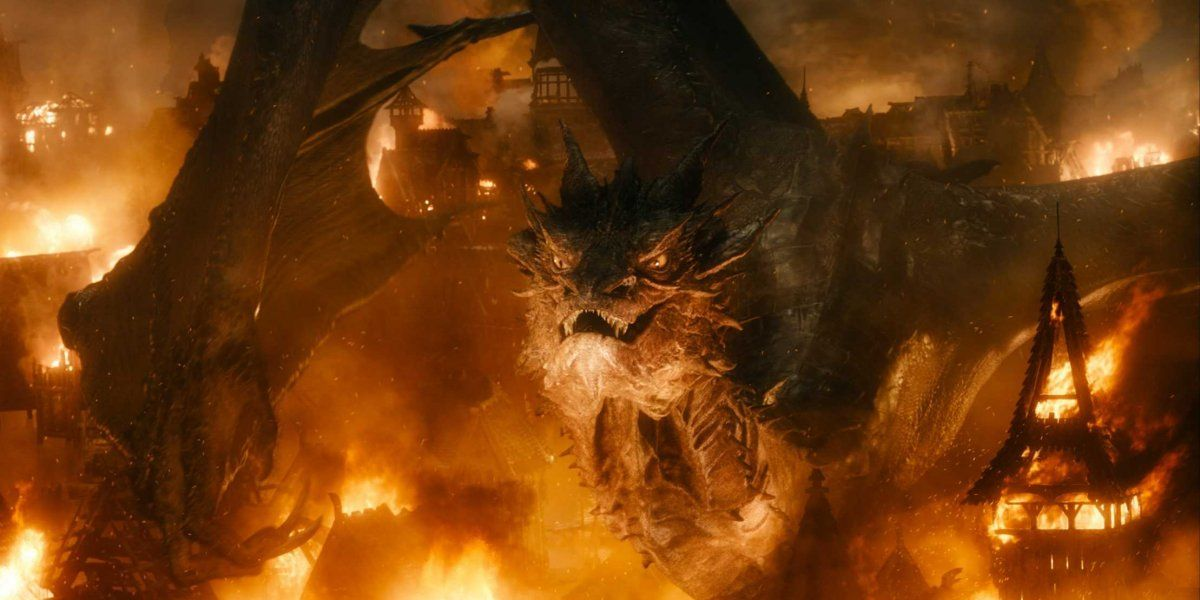 Here S How The Hobbit Dragon Looks Without Visual Effects The Hobbit Types Of Dragons Azog The Defiler