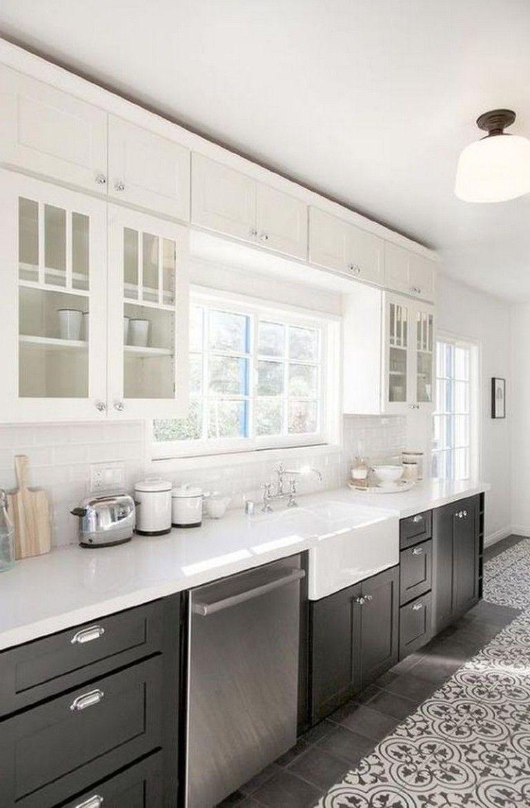 69+ Amazing White Cabinets Kitchen Backsplash Decor Ideas #kitchenbacksplash