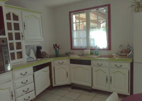 Donne meuble cuisine repeint en blanc Tous les dons en France