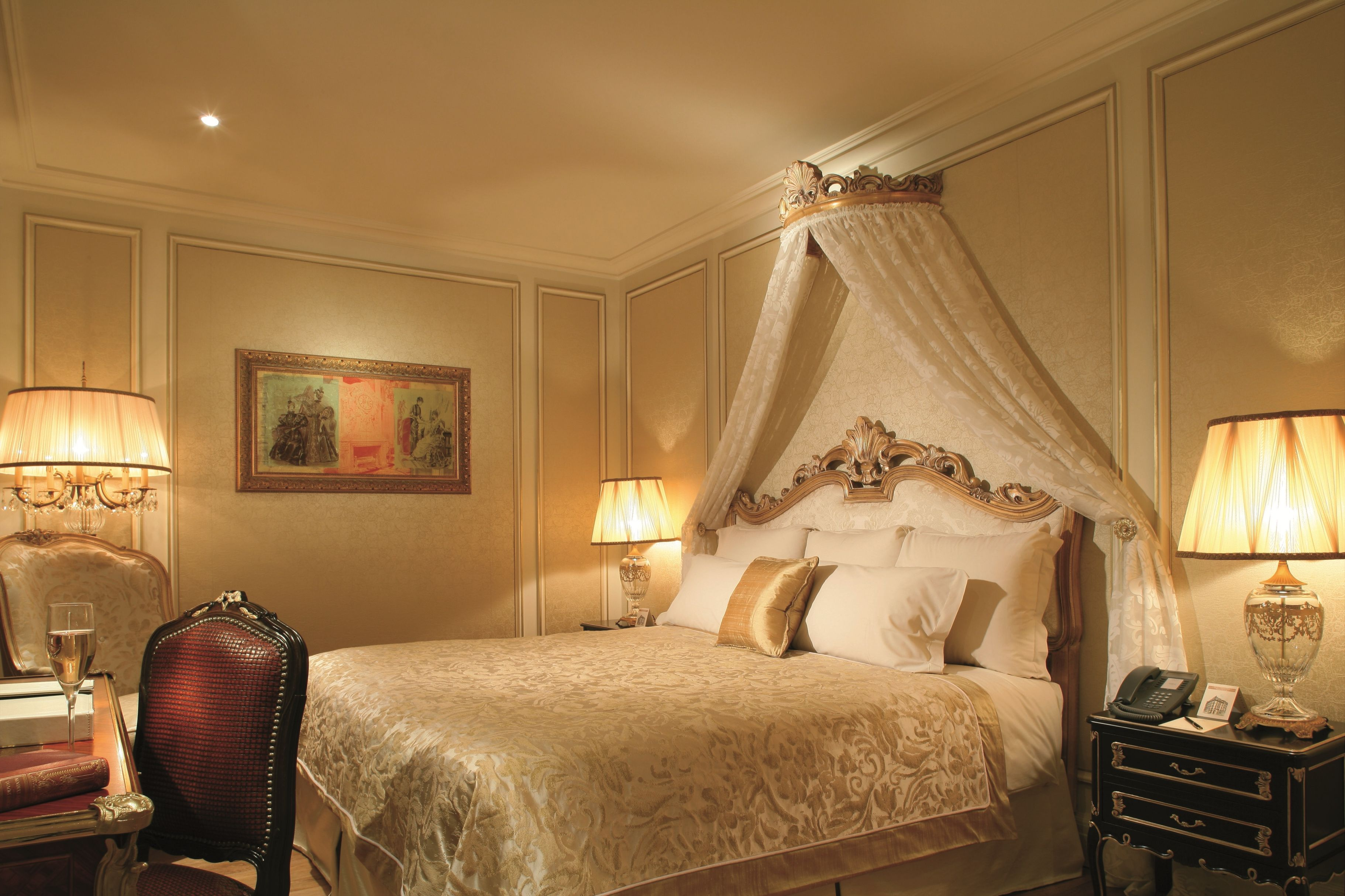 luxus hotel interieur paris angelo cappelini, presidential bedroom for a dream honeymoon at the 5-star hotel, Design ideen