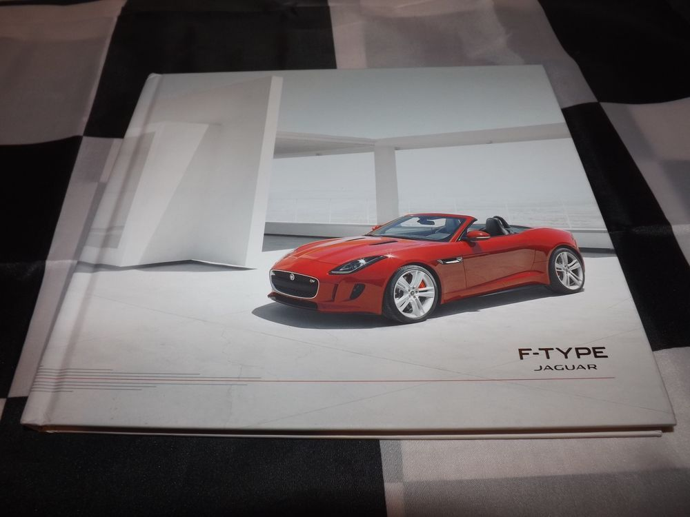 2012 JAGUAR F TYPE S V8 S CONVERTIBLE PRESS MEDIA BROCHURE PROSPEKT HARDBACK