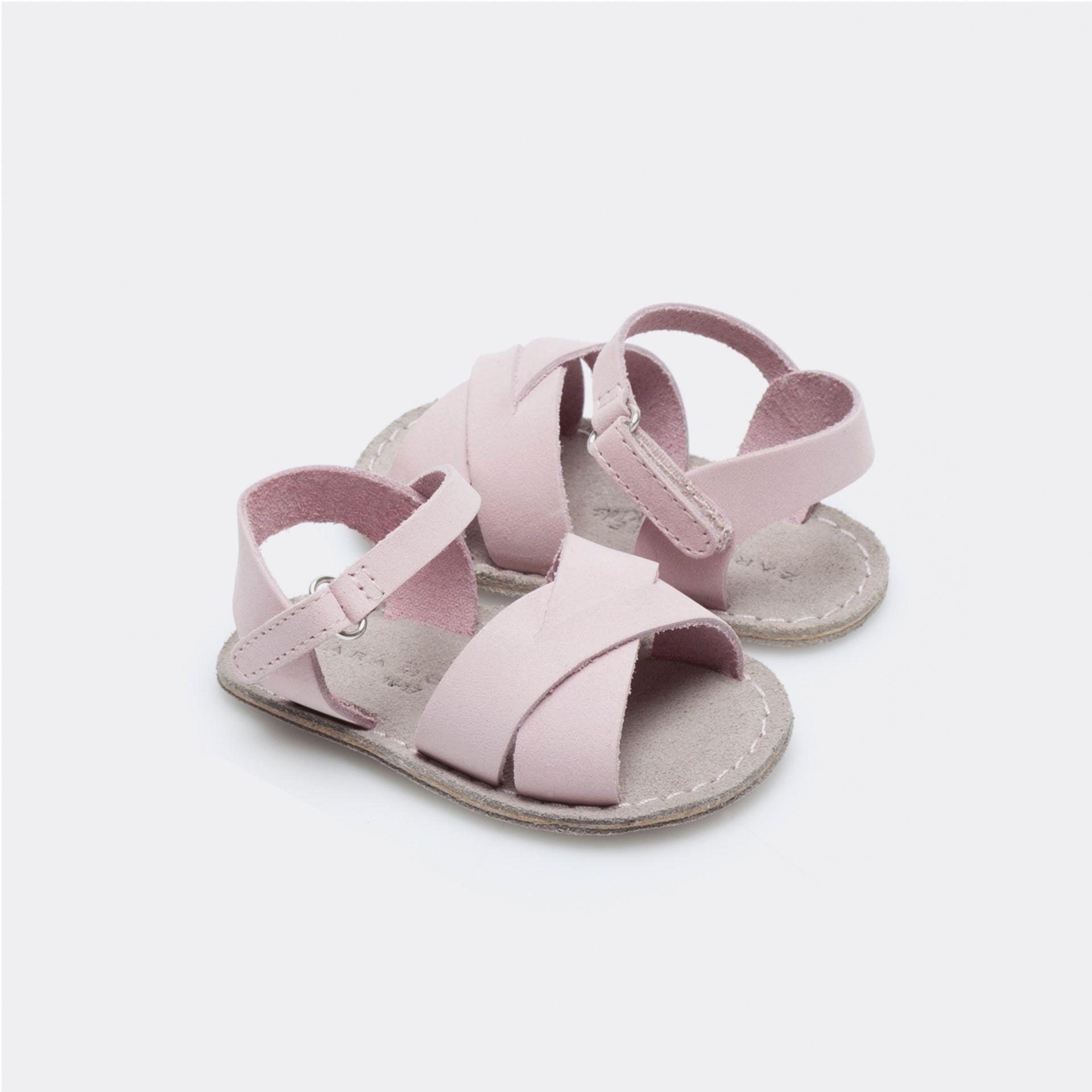 Peuco Sandalia Niña Esta Semana Novedades Zara Home España Zapatos Para Bebe Niña Sandalias Para Niñas Zara Home