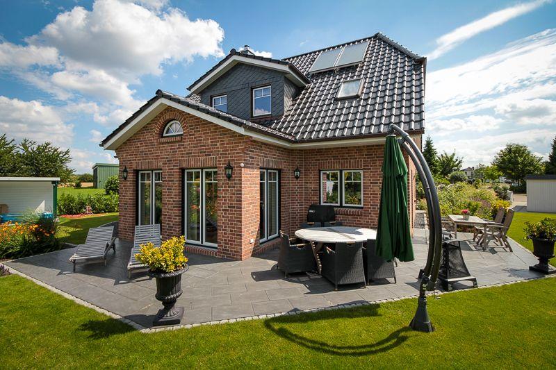 Landhaus mit Sylter Charme - ECO System HAUS | Häuser in ...