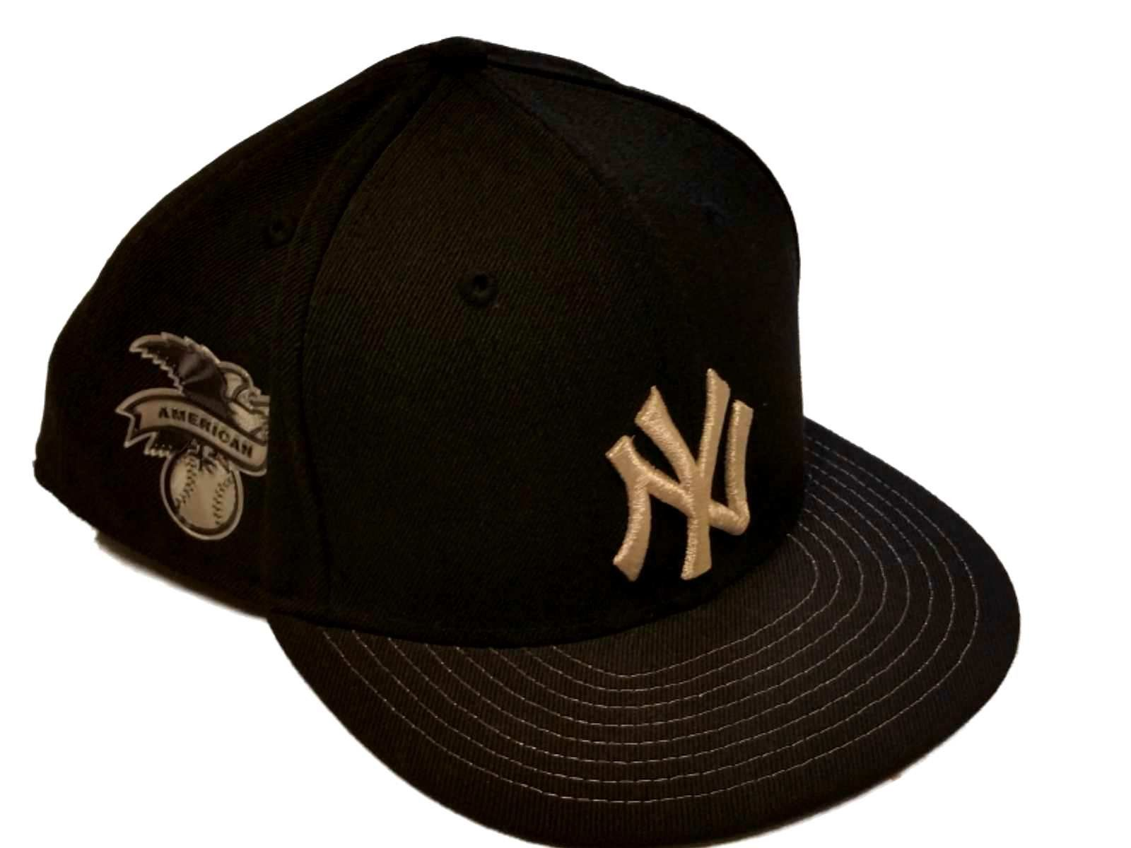New Era New York Yankees 5950 Fitted Hat Black /& red Perforated Faux Leather Cap