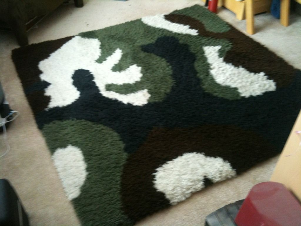 Latch Hooked Rug Using Wool Yarn Took Nearly 3 Months In My Spare Time And It Is So Soft