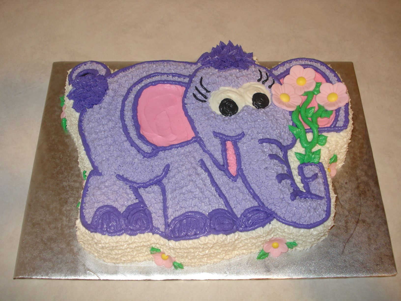 Astounding Elephant Birthday Cake Made From Wilton Form Pan Elephant Birthday Cards Printable Trancafe Filternl