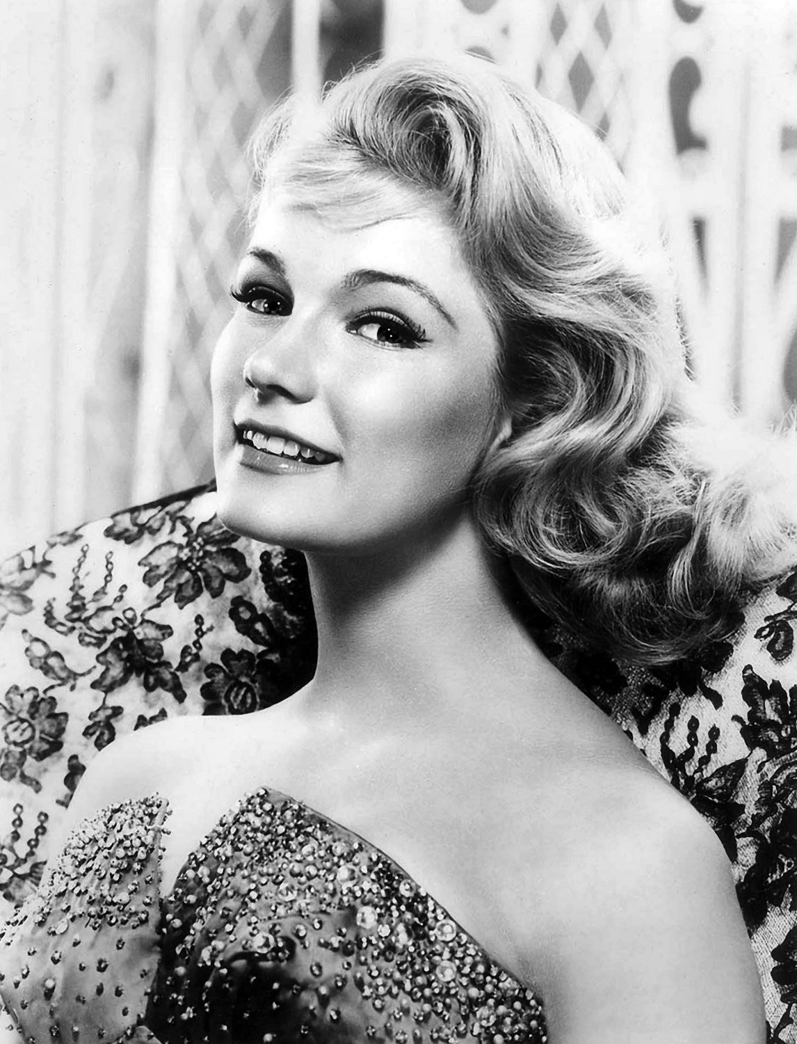 Yvette Mimieux Is A Movie And Television Actress Yvette Carmen Mimieux Was  Born In Los
