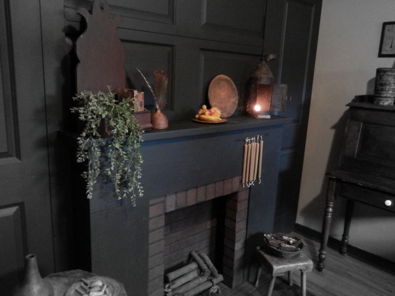 Pin By Giela Frevele On For The Home V Pinterest Primitives Colonial And Primitive Fireplace
