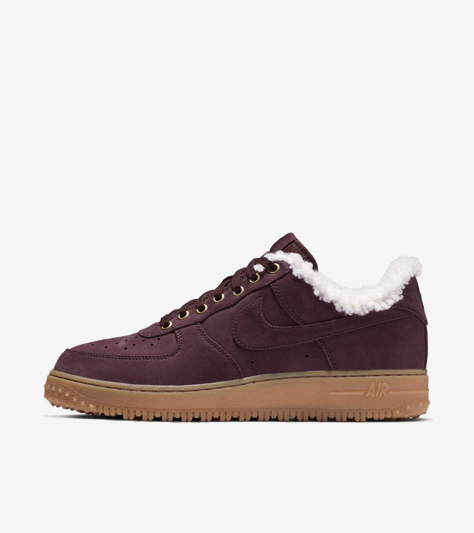 9fe74a4bd06d4f Nike Air Force 1 Premium Winter  Burgundy Crush   Gum Light Brown  Release  Date