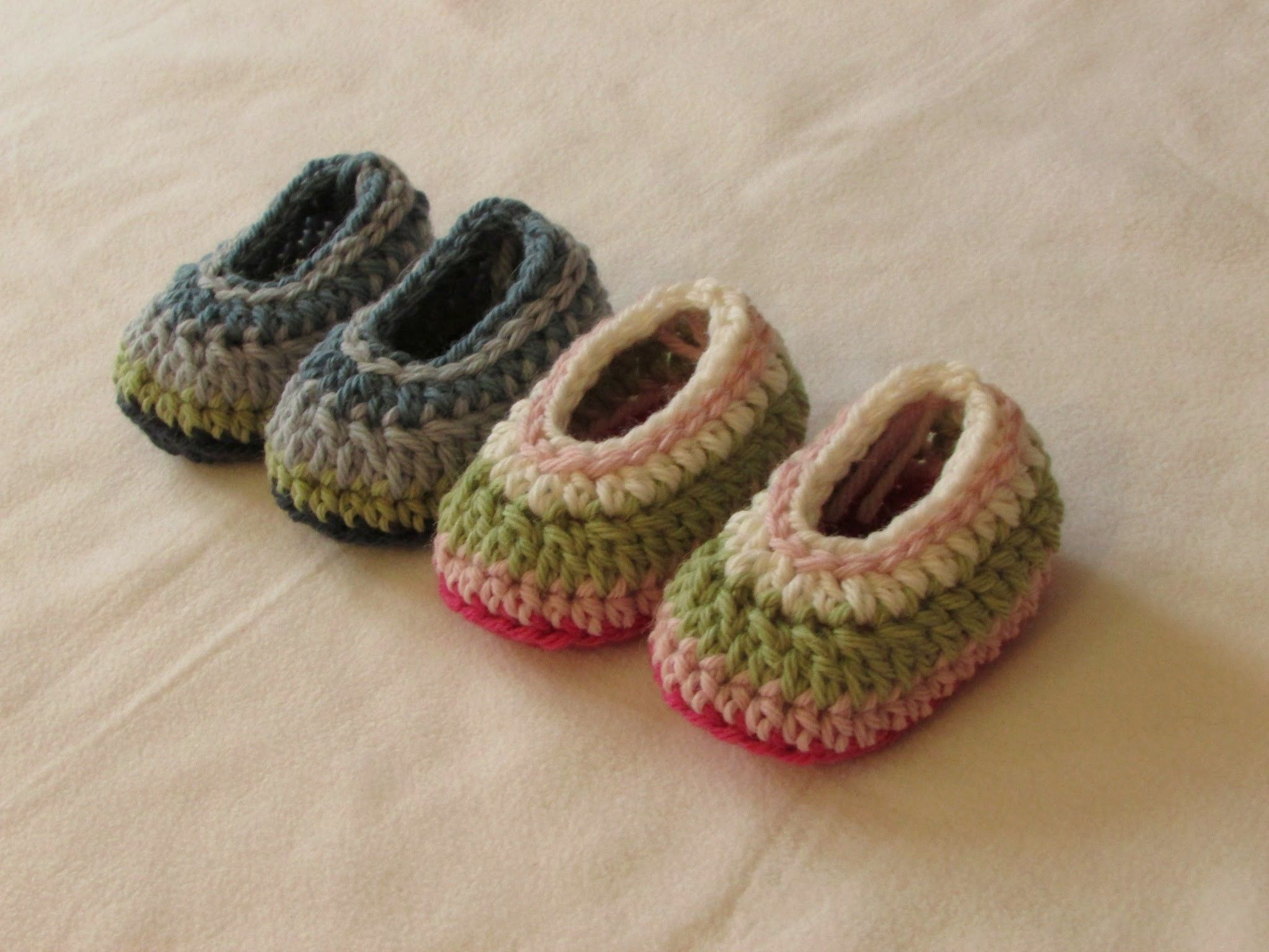 Very Easy Simple Striped Crochet Baby Slippers Booties Shoes