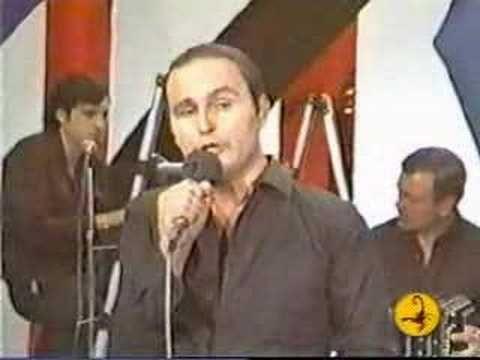 Leonardo Favio Como Me Duele La Piel Youtube Leonardo Music