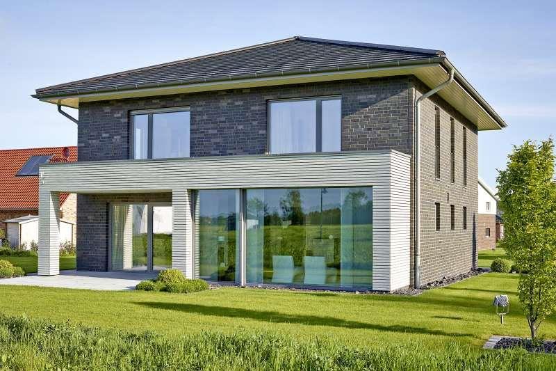 Musterhaus einfamilienhaus mit garage  Unser Musterhaus - Stadtvilla 182z mit 182,05 qm Wohnfläche ...