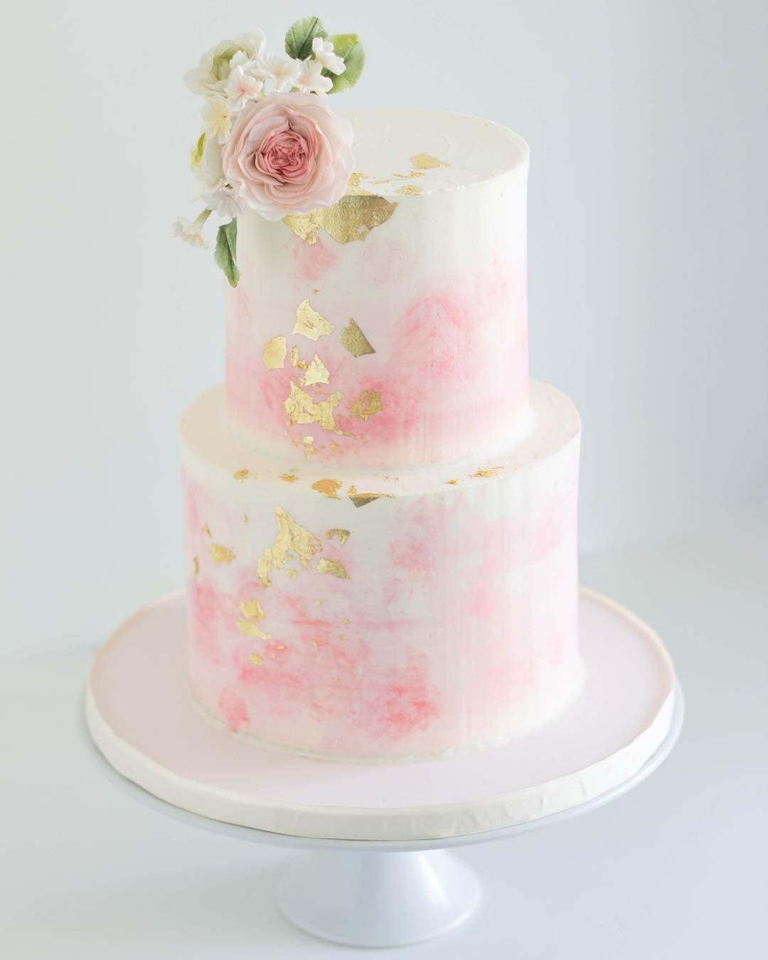 Gold leaf cakebyannie uc amazing cakes and mini cakes