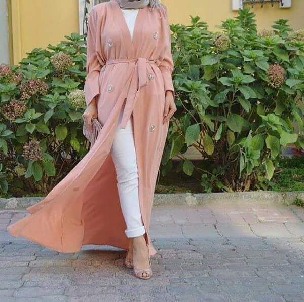 long pastel cardigan- Hijab trends mix and match http://www.justtrendygirls.com/hijab-trends-mix-and-match/