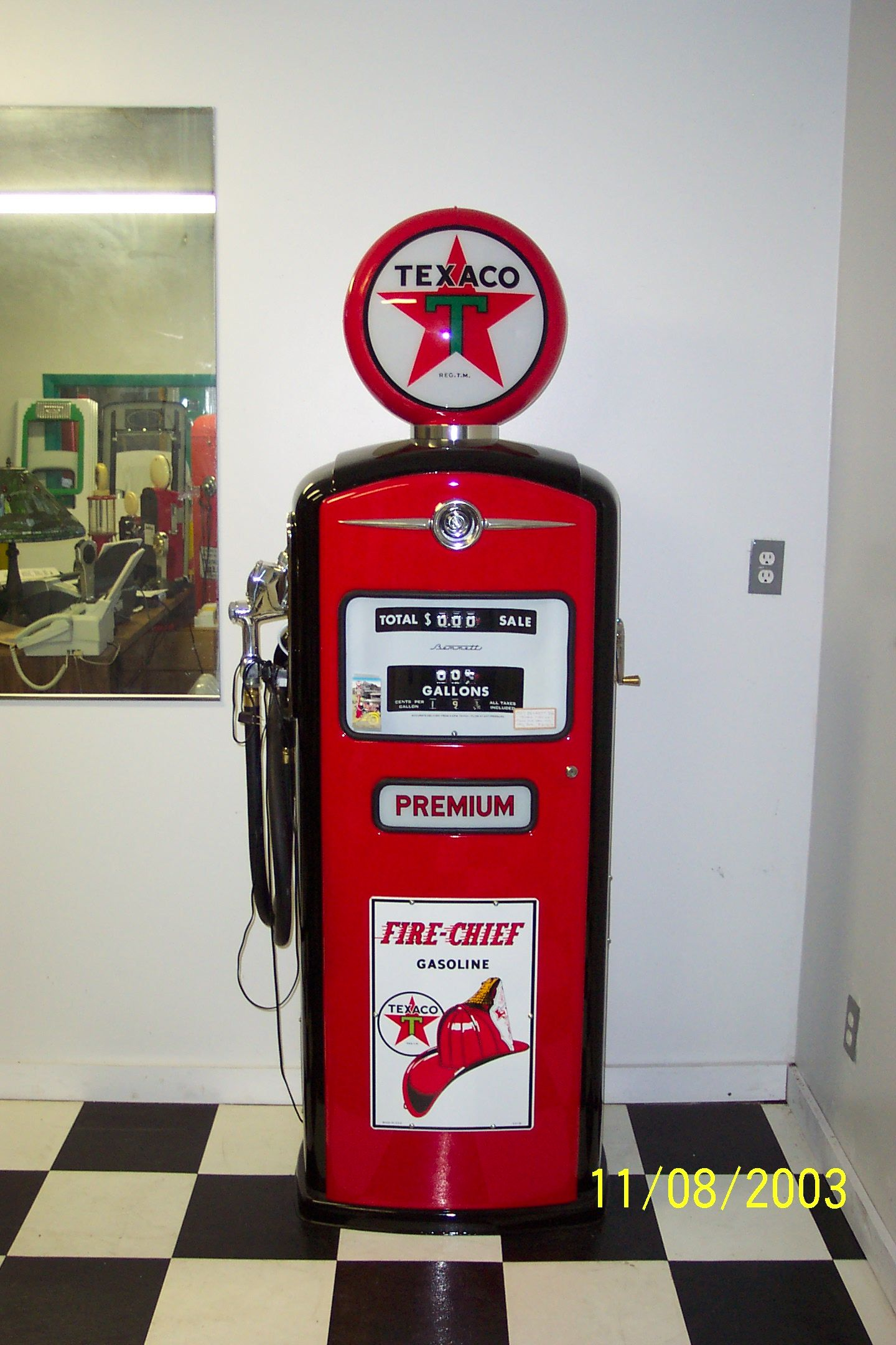 restored 1960 39 s texaco firechief gas pump somebody seriously needs to come up with a replica of. Black Bedroom Furniture Sets. Home Design Ideas