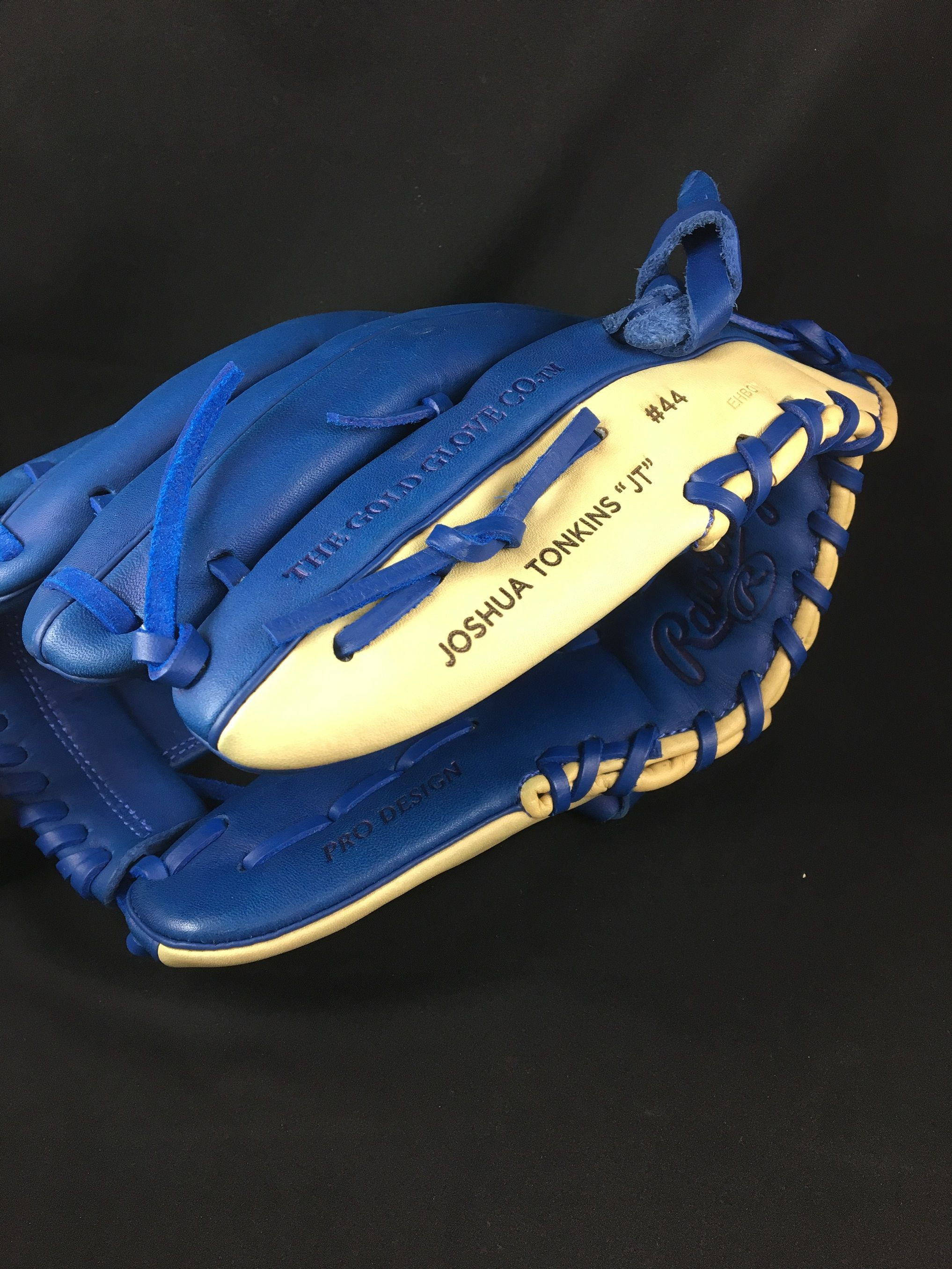 This Baseball Glove Has Been Lasered By Us For Our Client Laser Engrave Laser Engraving Baseball Glove Engraving