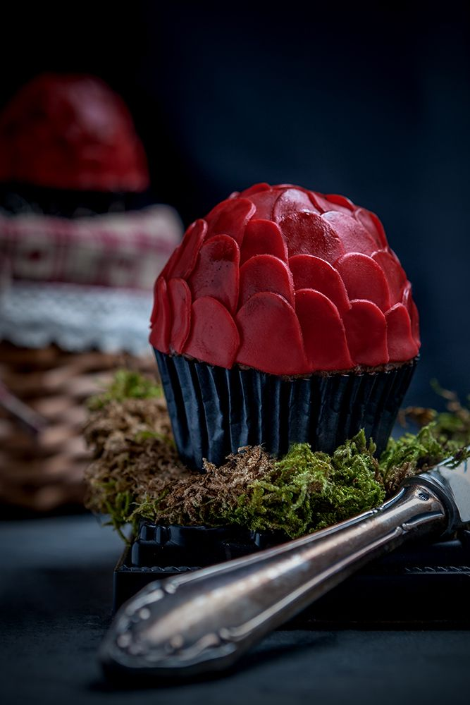 Dragon Egg Cupcakes With Images Egg Cupcakes Game Of Thrones