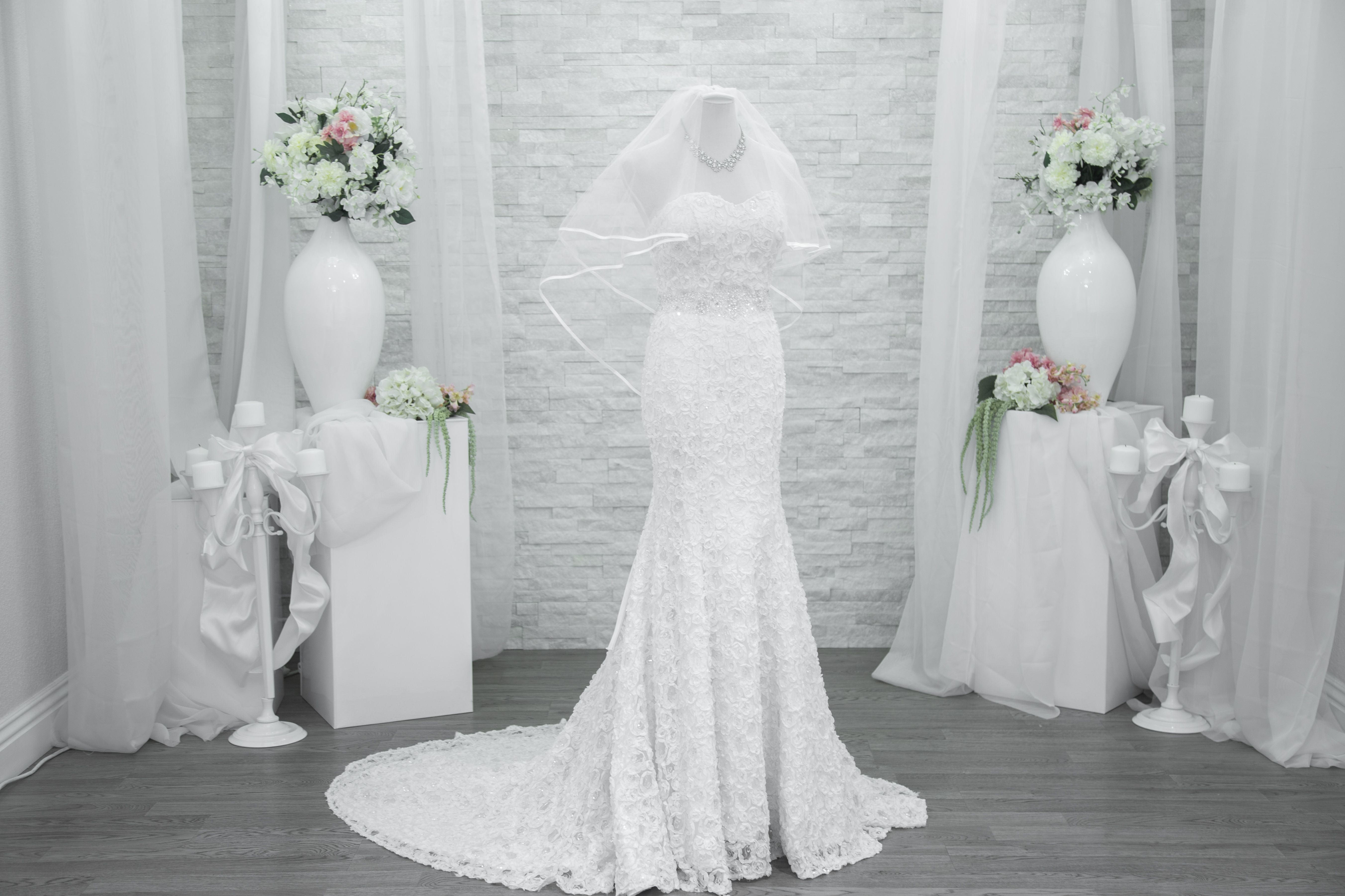 The Rachel 2 0 Available In All Sizes For Rent Special Ordering And Purchases Available As Well Also Wedding Gown Rental Vegas Wedding Dress Rent Wedding Gown