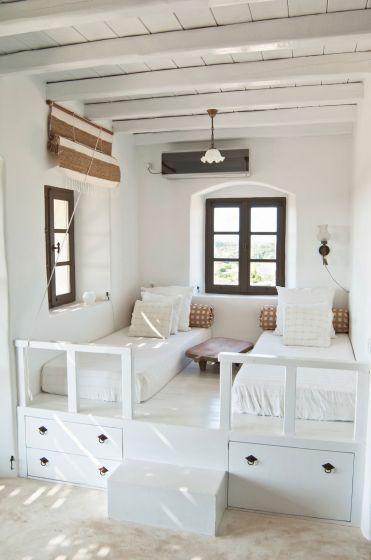 ideas para decorar una casa en el playa mobiliario blanco los colores claros no