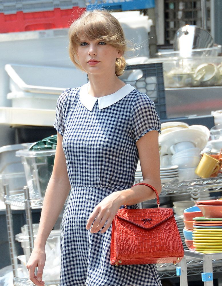 Taylor Swift with Hayden Lasher Elene The Belgian Bag  73fe85131c2b2