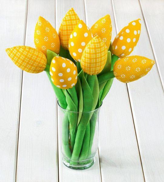 #tulipes en tissu de pâques