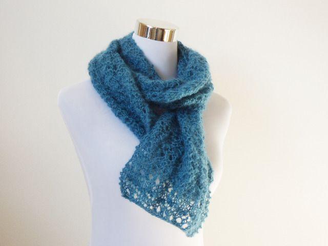 Echarpe ajourée en mohair bleu pétrole   canard, tour de cou femme tricoté  main   Echarpe, foulard, cravate par dyspo-laine 542817d4b8c
