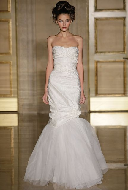 This Ivory Jacquard Douglas Hannant Wedding Dress Features A Tulle Pouf For Fantastic Spin On