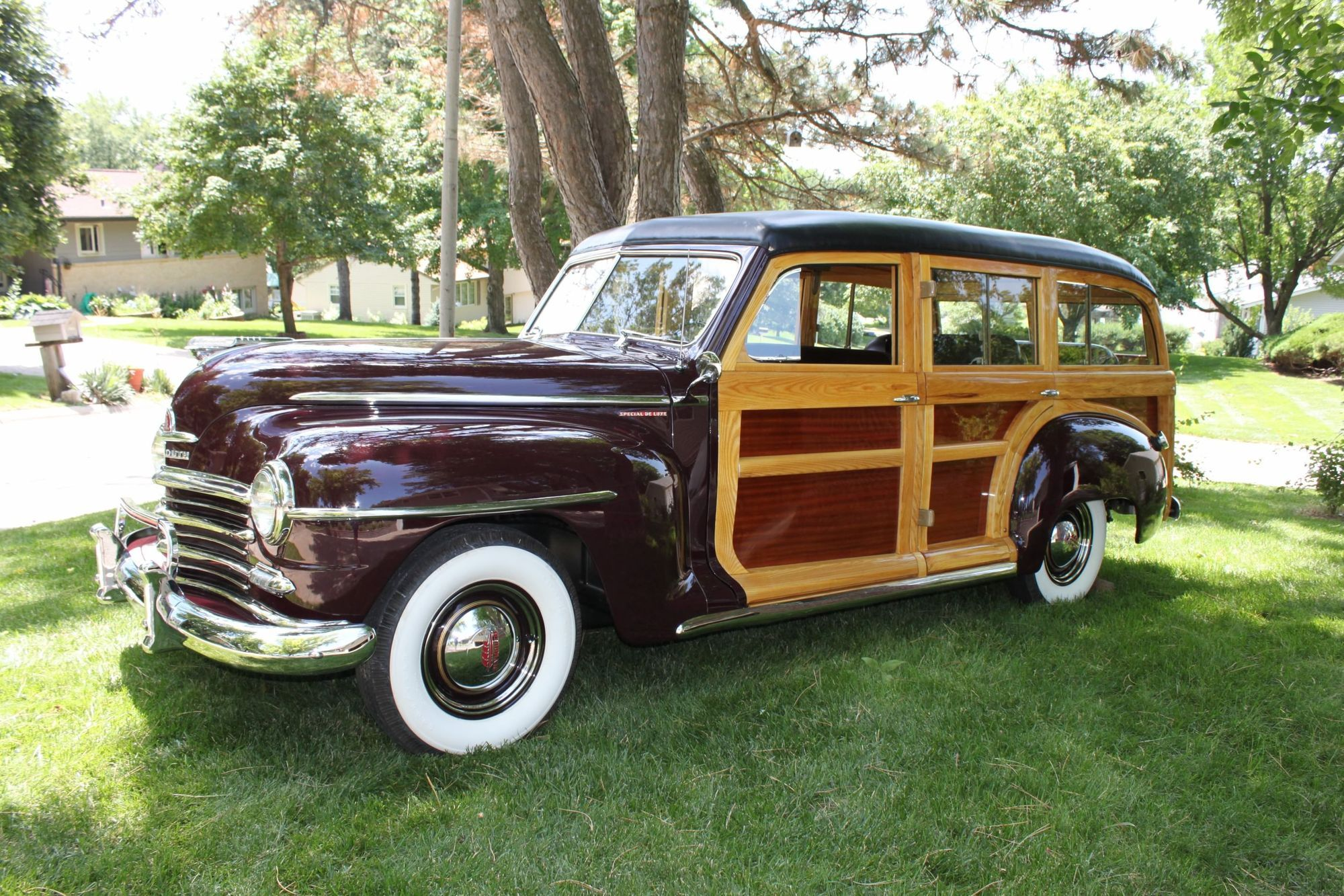 1940s Plymouth wood bodied station wagon | Vintage Woodies and ...