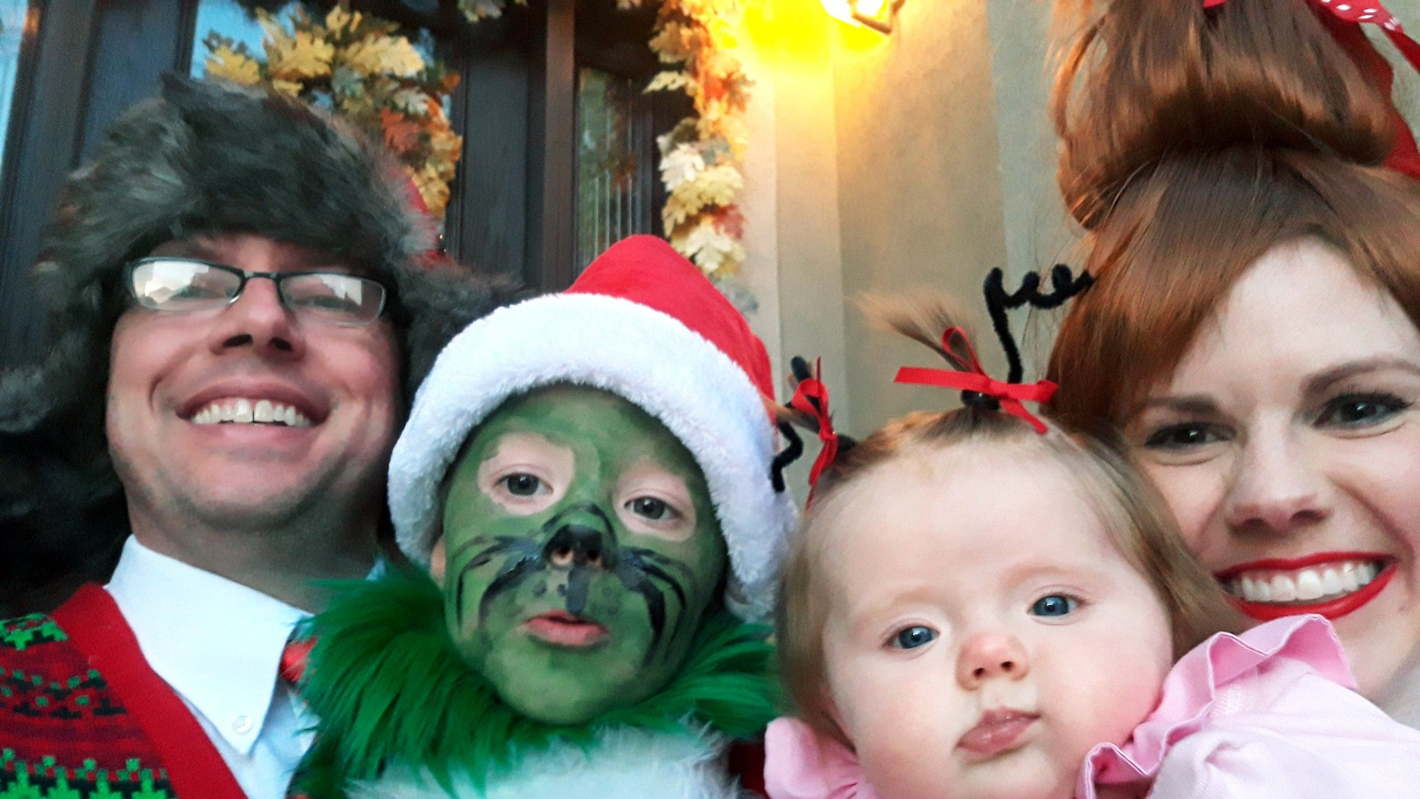 DIY family costume idea, baby Cindy Lou Who costume