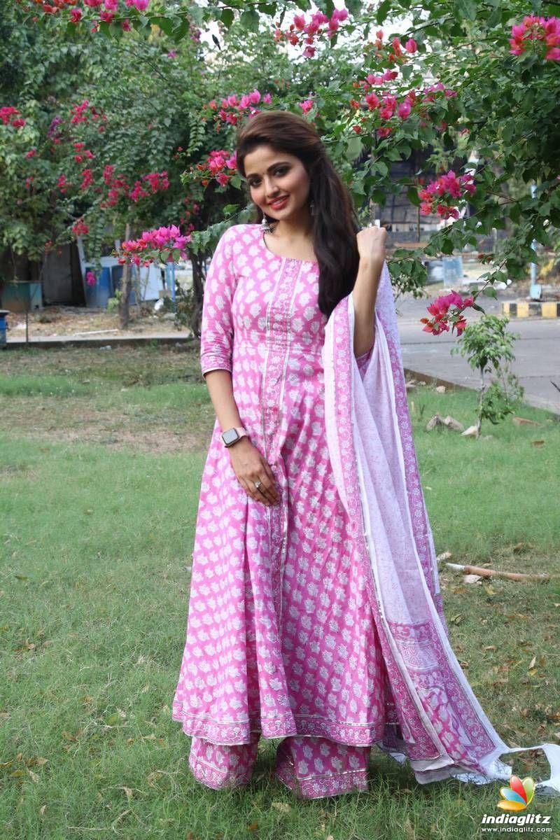 Shirin Kanchwala in 2020 Tamil actress photos, Bollywood
