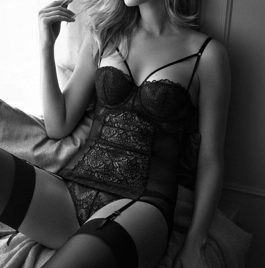 Erotica Toni Garrn nude photos 2019
