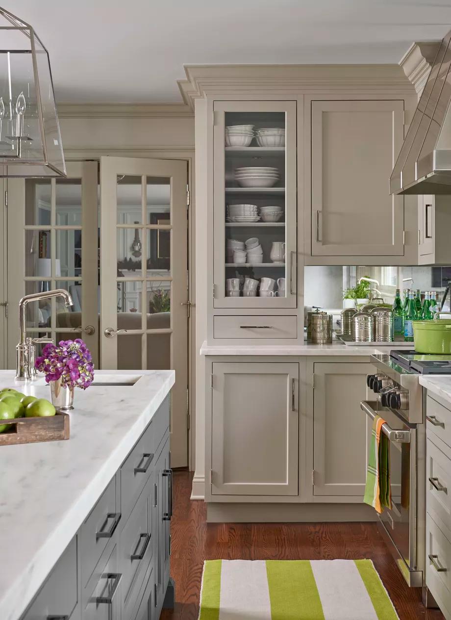 1970s Kitchen Turned Major Multitasker In 2020 Top Kitchen Designs Kitchen Remodel Kitchen Cabinets