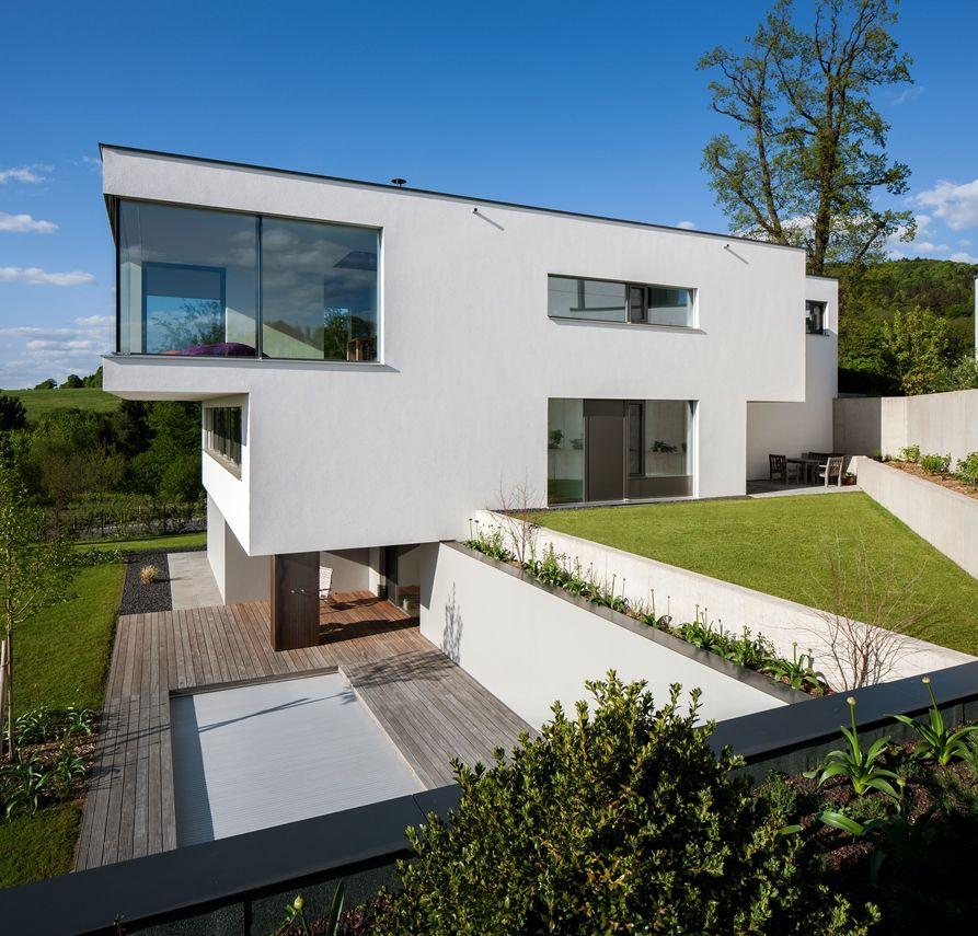 Modernes Traumhaus in kubistischer Form in Österreich House