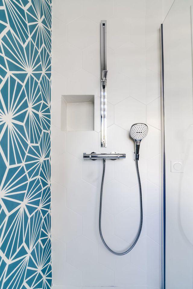 appartement paris 20 70 m2 pour un couple salle de bains salle de bain salle et carrelage. Black Bedroom Furniture Sets. Home Design Ideas