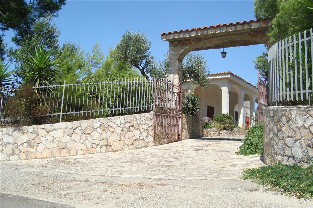 Villetta in affitto come casa vacanza a pochi km da