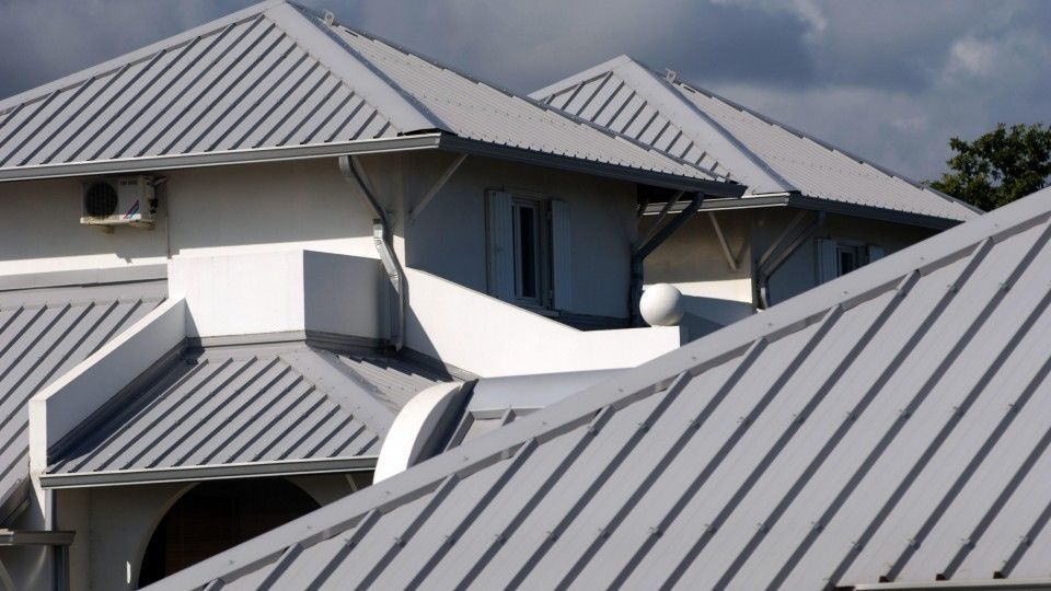 Handle The Roof On Your Home Like A Pro With These Tips Roof Cost Metal Roof Roof Restoration