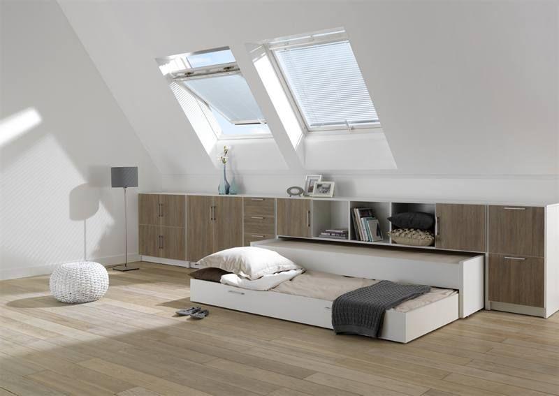 onder een schuin dak kun je de verloren ruimte best opvangen door er