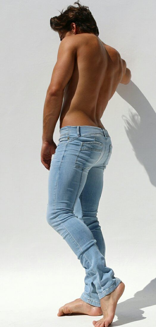 """jeans2worship: """"For hot boys in jeans follow www.Jeans2worship ..."""