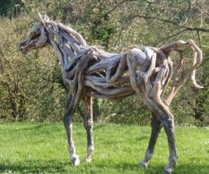driftwood horses via recyclart - I want this in my back yard!