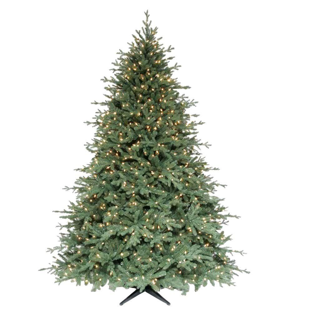 Small Yet Gorgeous Christmas Trees That Ll Fit In Your Tiny Apartment Traditional Christmas Tree Minimalist Christmas Minimalist Christmas Decor