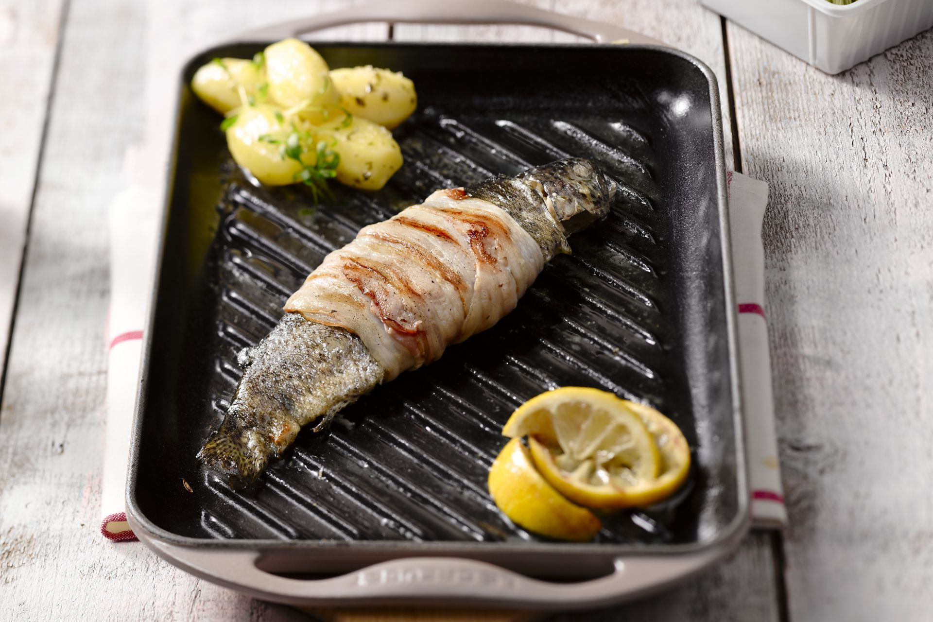 Forel met pancetta op de grill   Recept   Bbq recepten