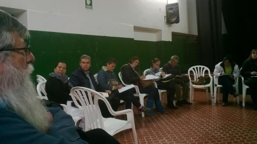 19/02/14 Participación en la mesa corredor seguro para mejorar el contexto y procesos de convivencia en la plaza España.