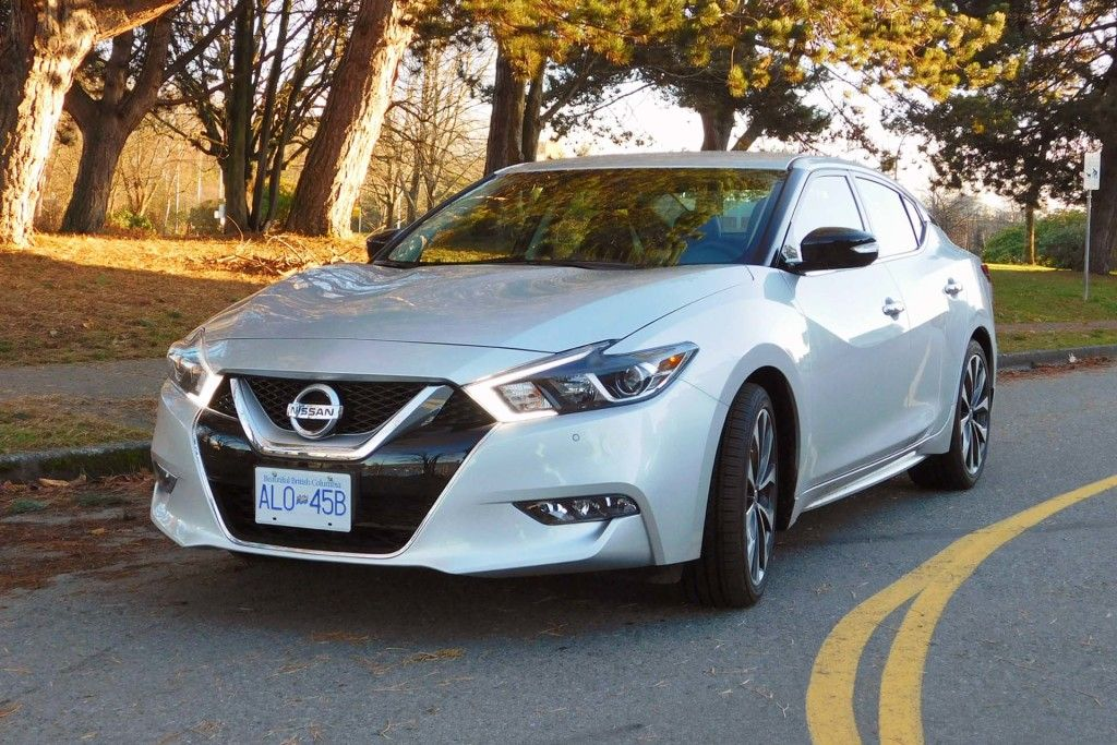 Nissan Maxima Sr Redesigned For The 2016 Model Year 4 Door Sports Car 4 Door Sports Cars New Cars For Sale New Cars