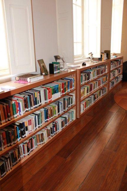 Biblioteca estante de livros ideias para a casa - Estantes para armarios empotrados ...