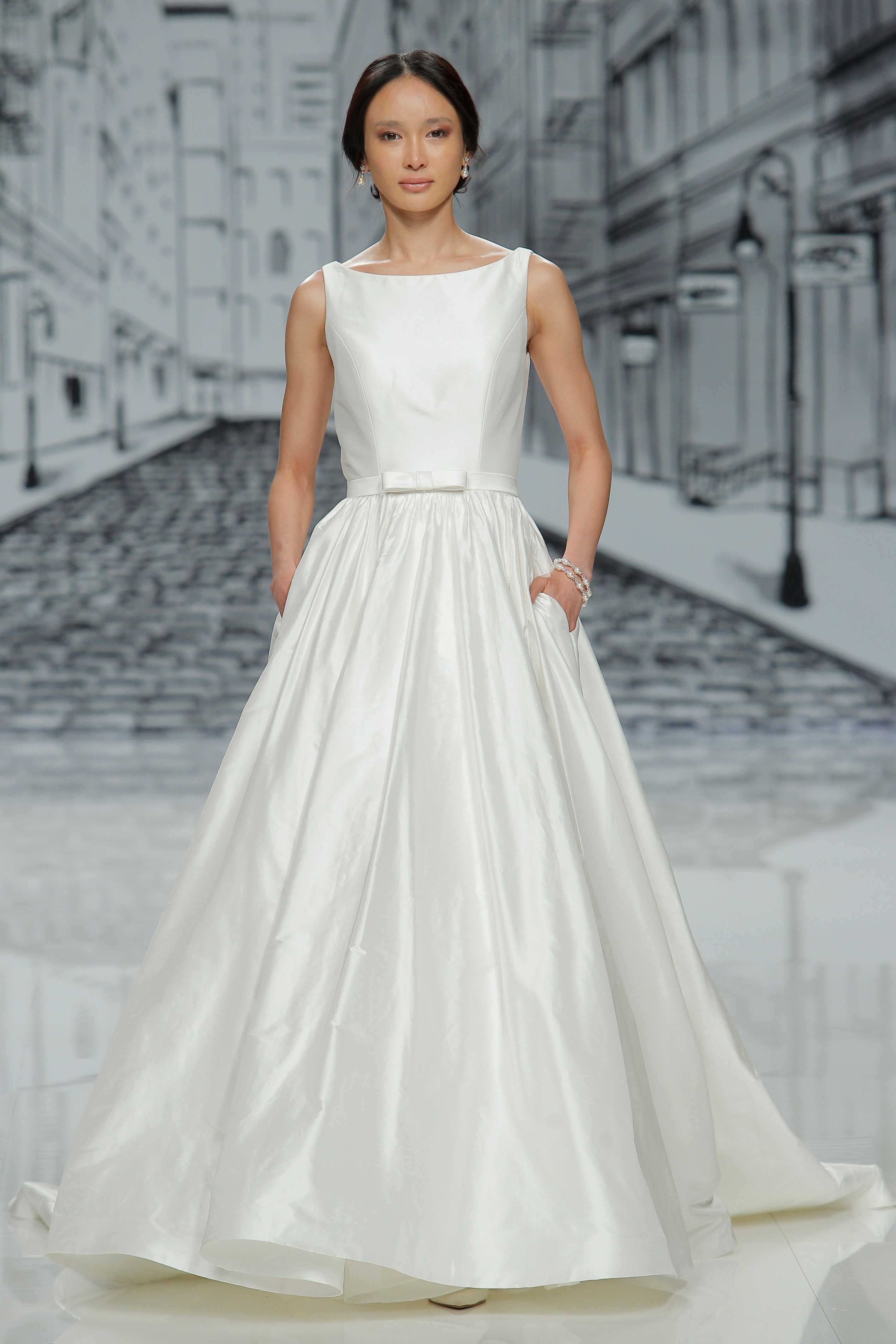 Designer Wedding Gowns In Simple Styles