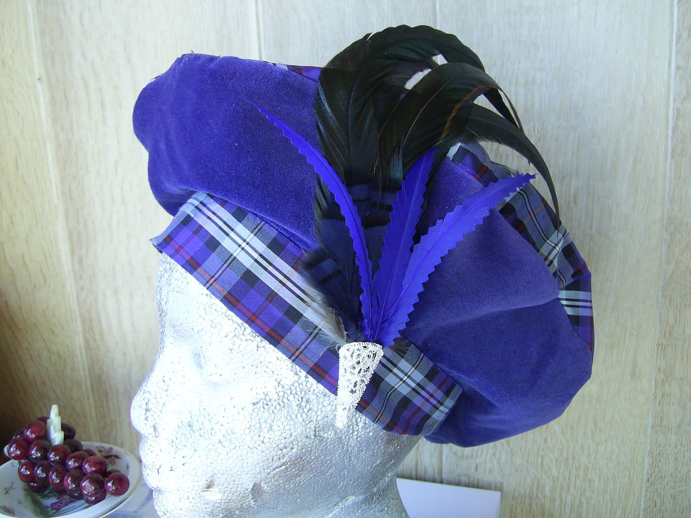 Silk tartan/velvet beret, in Mackenzie old colours.Made @exclusivelyyours.co in Scotland.