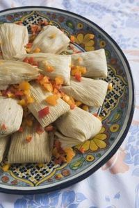 How To Steam Tamales In The Oven Ehow Mexican Food Recipes Food Tamales