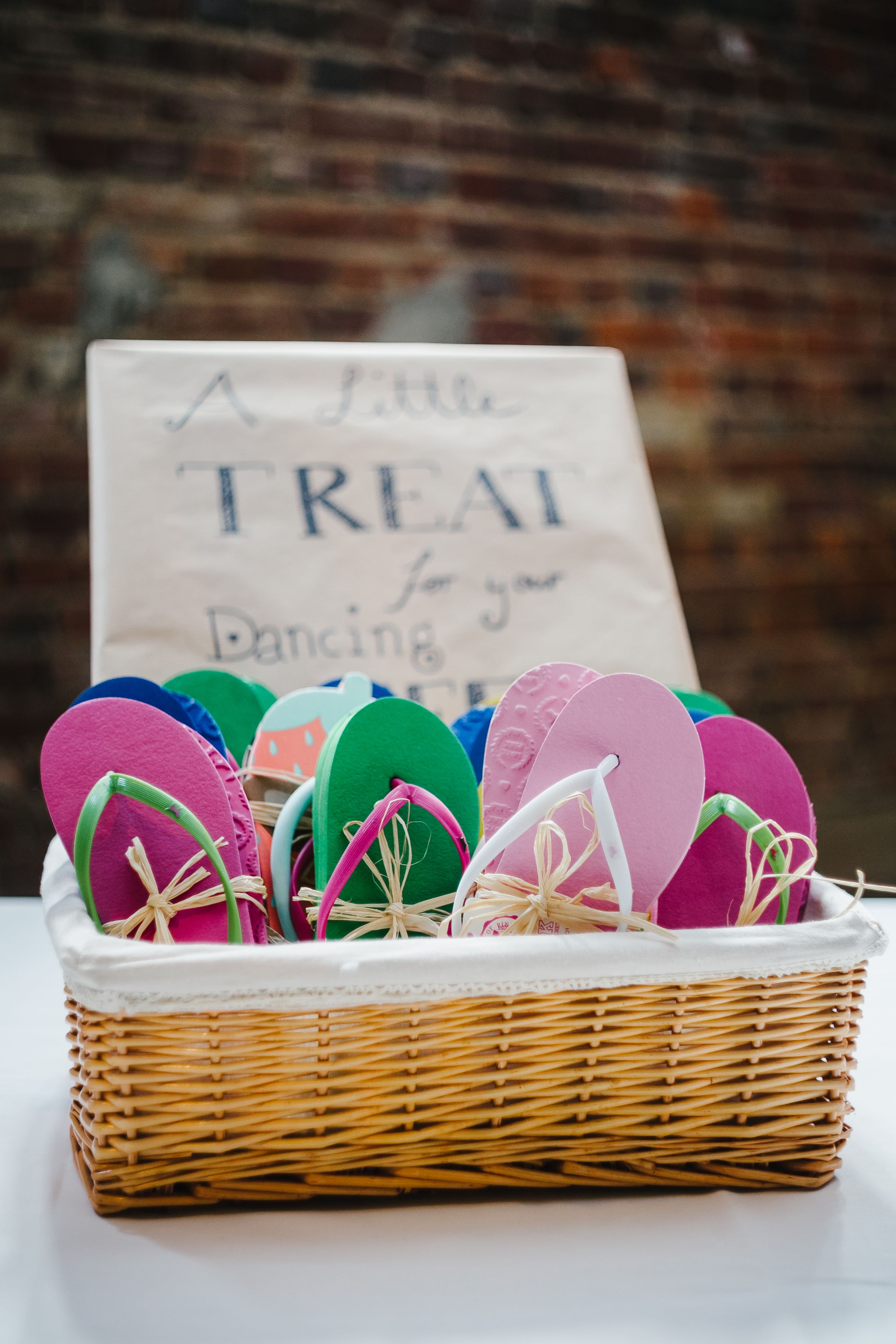Wedding Treat Gift Flip Flops - CHARMEWEDD