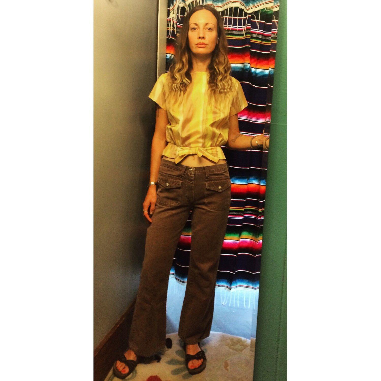 vintage 60s 70s brown denim hip hugger bells bell bottoms // low rise wide legged jeans // boho hippie cowgirl flower child h6lJO0